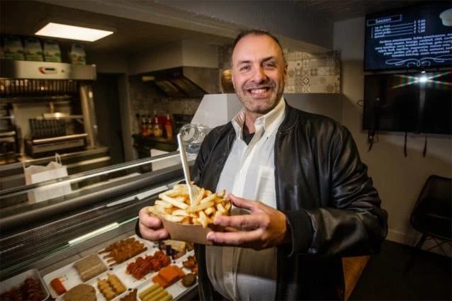 32年不变的晚餐!比利时男子从13岁起共计吃了11680包炸薯条
