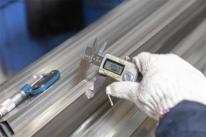 """广上不锈钢产品经理专业解读:带您深入了解""""水管""""知识"""