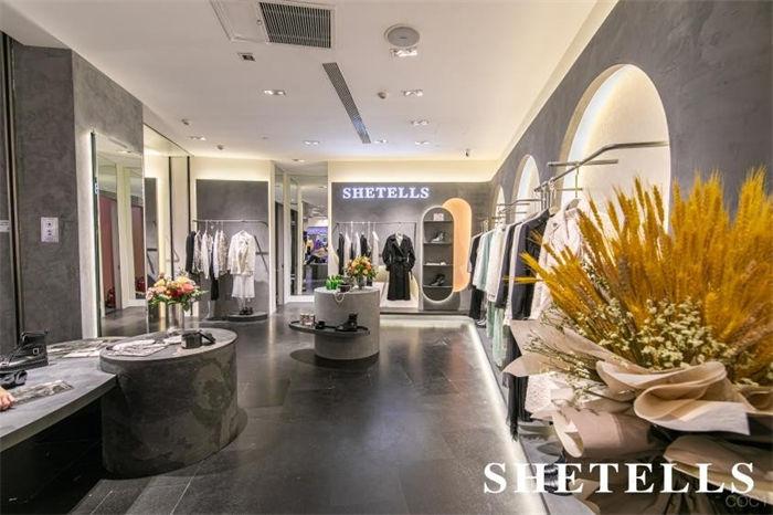 原创轻奢女装品牌SHETELLS 2021 F/W 海上女爵新品系列发布
